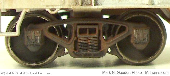 crdx3828-Covered-Hopper-Btruck-v05